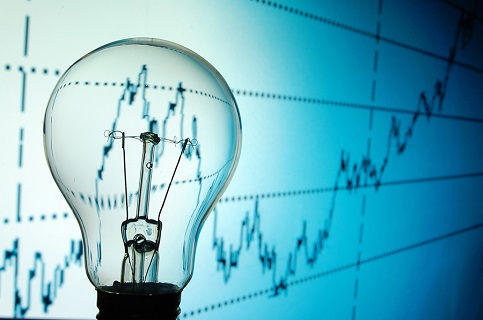 Menor demanda y baja de los combustibles llevarán a mínimo precio de la energía