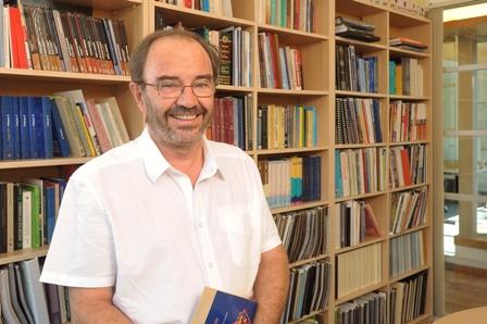 Gustavo Lagos, académico de Ingeniería UC, participó como consultor experto del Ministerio de Hacienda