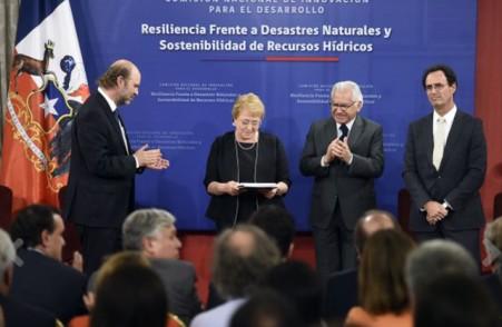 Presidenta recibe informes para la resiliencia frente a desastres de origen natural y la sostenibilidad de los recursos hídricos
