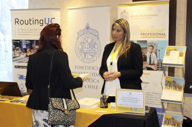 Educación Profesional participó en feria internacional de logística