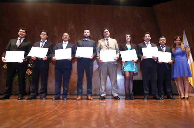 Educación Profesional de Ingeniería UC realizó ceremonia de entrega de diplomas