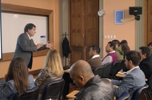 Experto UC abordó la gestión de la estrategia de servicios TI basada en mejores prácticas