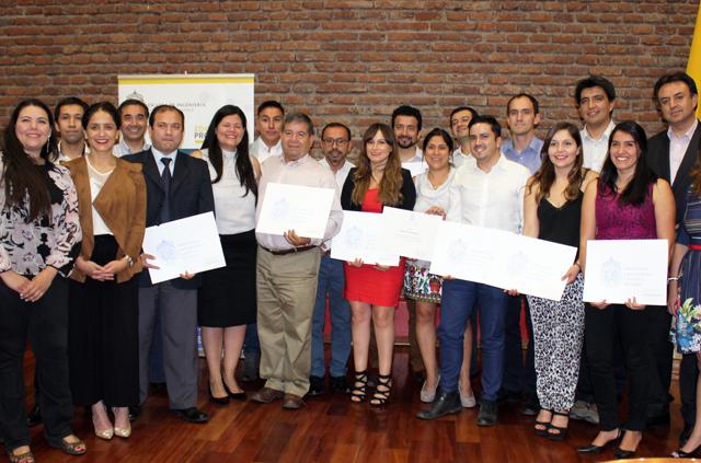Colaboradores de Codelco recibieron certificado tras finalizar su diplomado