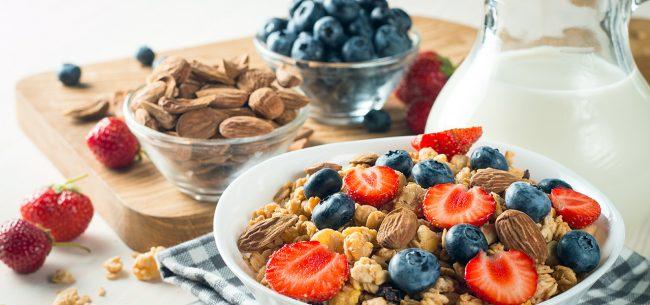 ¿Es posible el contagio a través de alimentos?