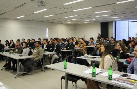 Comienza programa de liderazgo internacional para alumnos UC