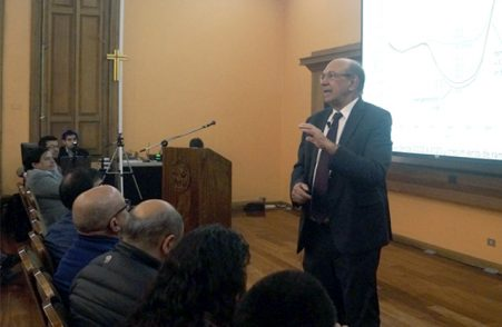Profesor Hugh Rudnick señaló la causa de la migración de clientes regulados a libres en el mercado eléctrico