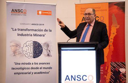Director de Extensión de la Escuela de Ingeniería participó en el Seminario Ansco 2019