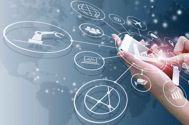 Expertos aseguran viabilidad de sistemas ciberfísicos en industrias y prevén alto potencial de impacto en la minería - Ingeniería UC Educación Profesional