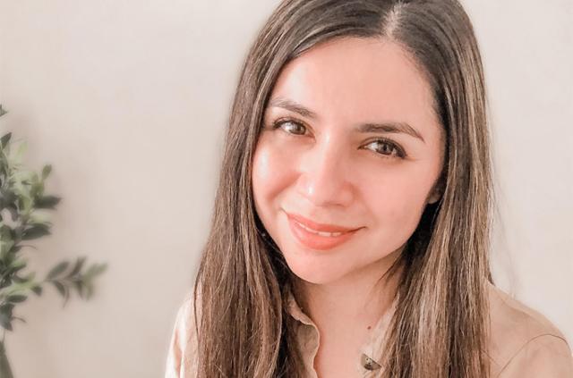 Felicitamos a Daglin Soto, ganadora de la beca completa para un curso online de Educación Profesional