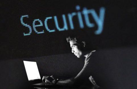 Chile registró más de 2,3 mil millones de intentos de ciberataques en 2020 y advierten de los peligros con el 5G