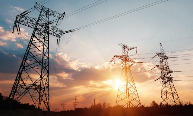 Trámite del proyecto de portabilidad eléctrica en pausa y comisión reordena prioridades